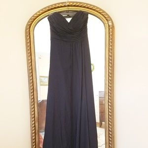 Dresses & Skirts - Navy chiffon formal gown with watteau train